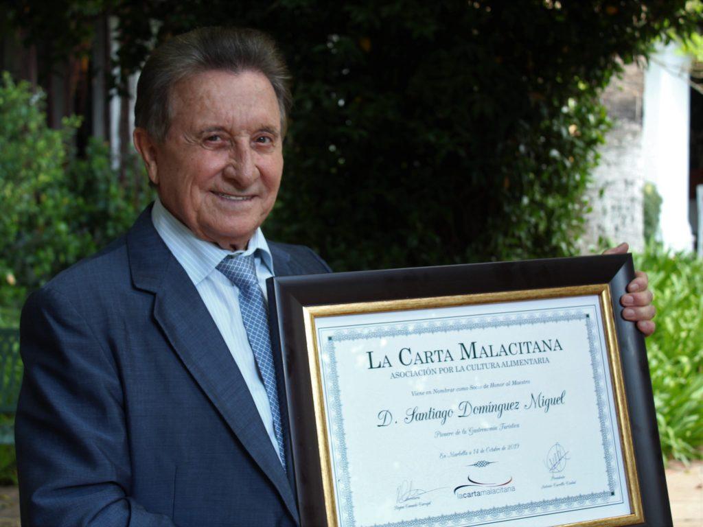 Santiago de Marbella, Socio de Honor de La Carta Malacitana